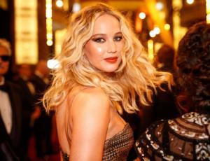 Estas son las comentadas fotografías de Jennifer Lawrence en los Oscar