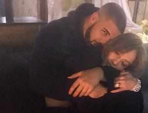 Drake sigue haciéndole regalos de lujo a JLO