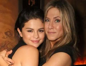Jennifer Aniston está preocupada por salud mental de Selena Gomez