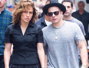 Captan a Jennifer Lopez en fiesta con su ex Casper Smart