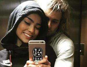El beso de Camila Recabarren y Joaquín Méndez que desató la locura de sus seguidores