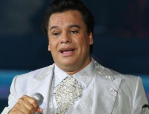 A los 66 años fallece el cantante Juan Gabriel