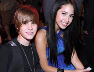 Mira cómo ha crecido la chica del primer videoclip de Justin Bieber