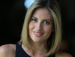 Karen Bejarano se descarga en Twitter