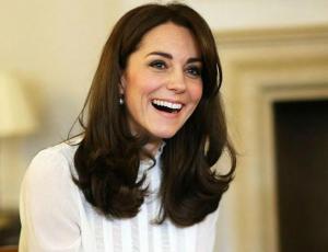 Las zapatillas favoritas de Kate Middleton que todas pueden tener