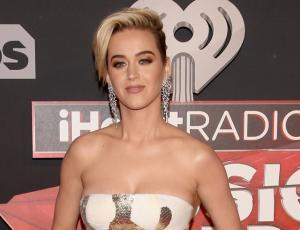 Katy Perry vivió vergonzoso momento en los I Heart Radio Awards