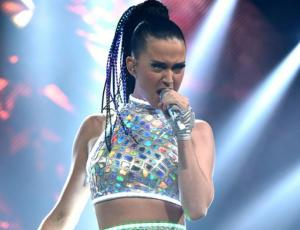 La desastrosa presentación de Katy Perry en la gala amfAR
