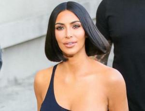 Foto retro de Kim Kardashian delata sutil parecido con Selena Quintanilla