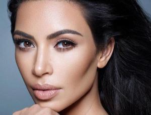 """Kim Kardashian se exalta con sus fans luego de críticas: """"me están estresando"""""""