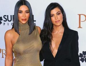 Kim y Kourtney muestran el boom de las camisas grandotas