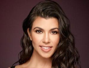 Kourtney Kardashian es captada en su rol de mamá