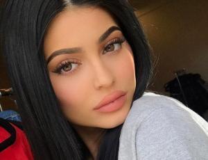 Kylie Jenner comparte en Snapchat subliminal mensaje que confirmaría su embarazo