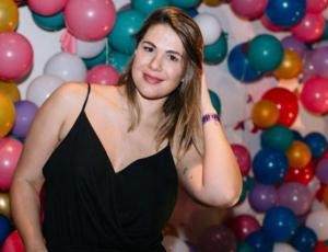 Usuarios no pueden creer el parecido de Laura Prieto y su hija