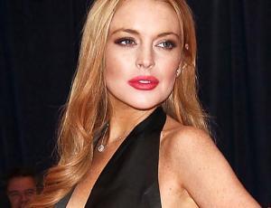 Lindsay Lohan se retracta de apoyar a Harvey Weinstein y confiesa abuso de ex pareja