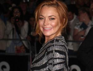 Crueles críticas a Lindsay Lohan por su figura en traje de baño