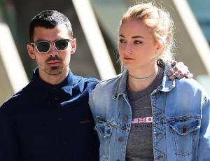Joe Jonas y Sophie Turner se casarían en época navideña