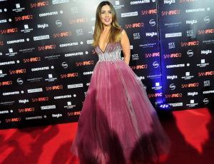 Lucía López explicó su comentado look rosa en Sanfic 12