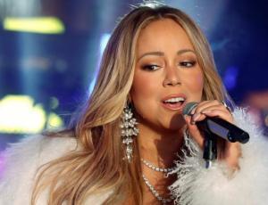 Ex asistente de Mariah Carey la amenaza con publicar videos íntimos