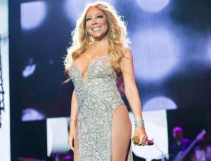 Mariah Carey reaparece delgada tras cirugía de manga gástrica