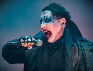 Marilyn Manson se desmayó en pleno concierto