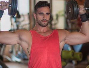 Conoce a la chica fitness chilena que marcó la adolescencia de Max Ferres