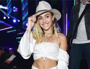 ¿Está embarazada? Miley Cyrus hizo enloquecer a sus fans con una sola foto