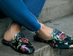 Manual de estilo: mules planos, los zapatos del momento