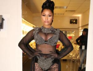 Nicki Minaj revoluciona Instagram con selfie en ropa interior