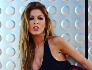 Oriana Marzoli fue captada comprando en un mall capitalino