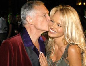 La extraña despedida que Pamela Anderson le dedicó a Hugh Hefner