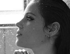 Ella es la doble chilena de Lana del Rey