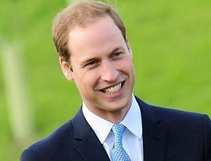 Príncipe William asumió las señales de la calvicie y rapó su cabeza