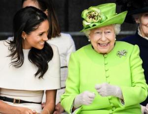 Reina Isabel rompe el protocolo real por Meghan Markle