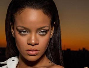 Rihanna confesó problemas con su cuerpo