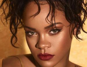 Maquilladora preferida por Rihanna revela el truco detrás de sus cejas marcadas