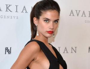 Sara Sampaio, la sorpresa del Festival de Cannes