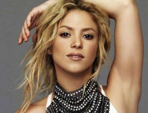 Shakira muestra a su hijo de tres años hablando en árabe