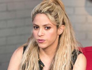 "Acusan a Shakira de ""copiar"" video clip de Jennifer Lopez"