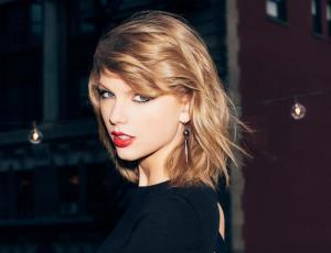 Foto de Taylor Swift levanta rumores de embarazo