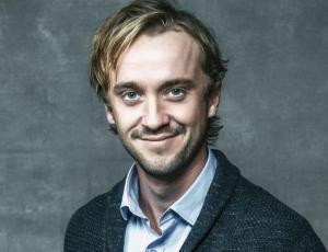 La perturbadora estrategia de un fanático de Harry Potter para adoptar al actor Tom Felton
