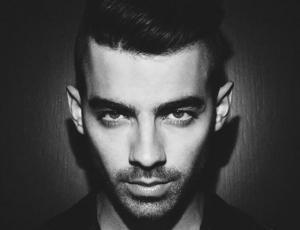 Joe Jonas confiesa que le gusta el sadomasoquismo