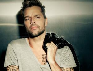 Fotografía abre la duda ¿Ricky Martin se casó en secreto?