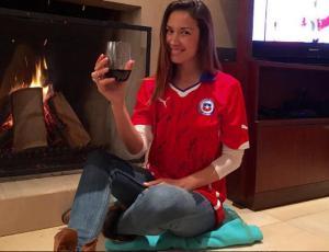Chica del tiempo funa a Vanesa Borghi y su amor por la selección chilena