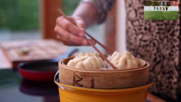 Baozi (bollitos al vapor rellenos con cerdo)